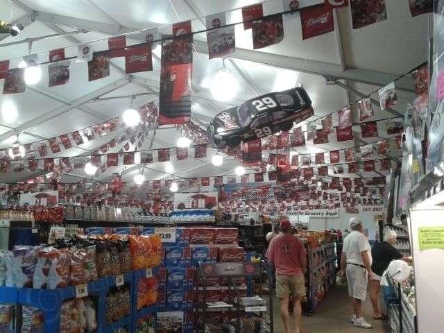 Phoenix Raceway Grocery