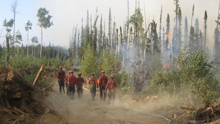 Gr8 Travel Tips Photo Den – Firefighters of BC