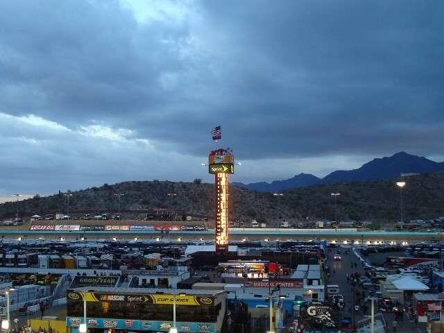 Discover Phoenix International Raceway Camping