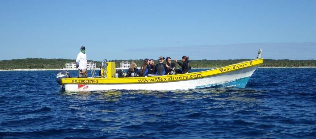 Mexidivers Reef Dive Boat