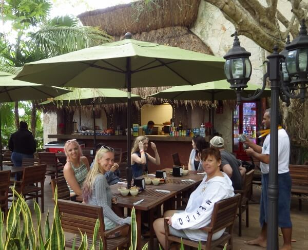 Yal-Ku Dining