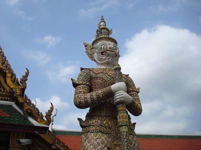 Bangkok Grand Palace Statue