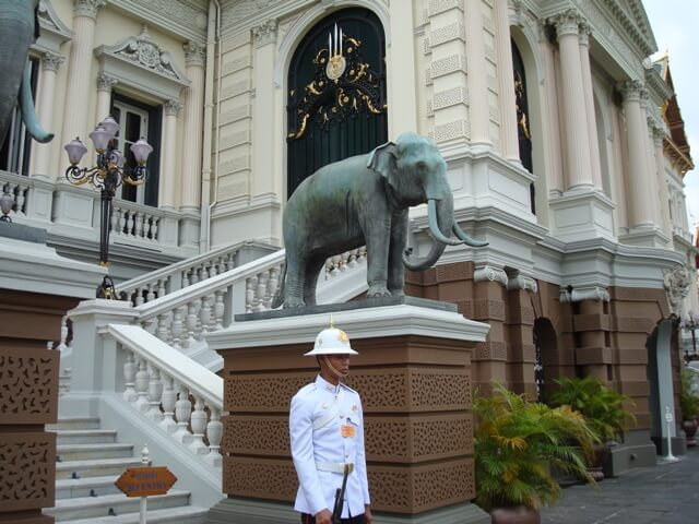 Bangkok Grand Palace Guard