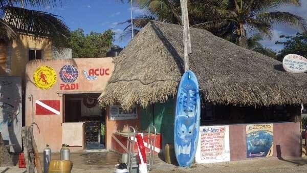 PADI Professional Dive Shop Mexico