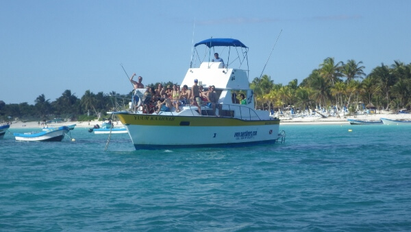 Snorkeling Tour Boat Mexico