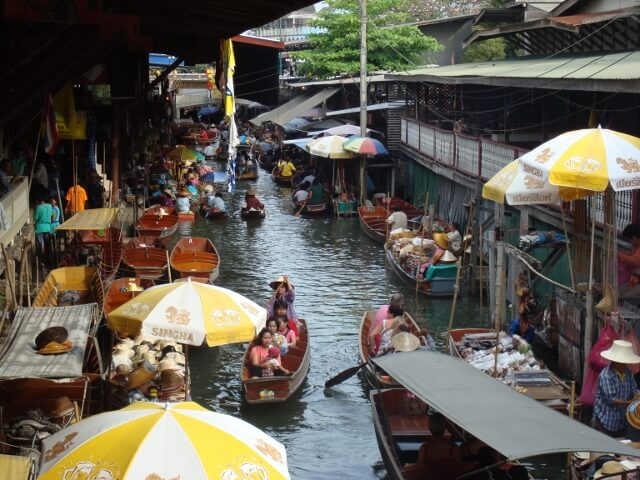 The Damnoensaduak Bangkok Floating Markets Attraction