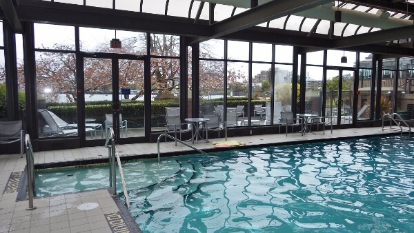 Delta Hotel Victoria Indoor Pool
