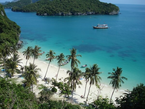 Discover the Splendor of Thailand