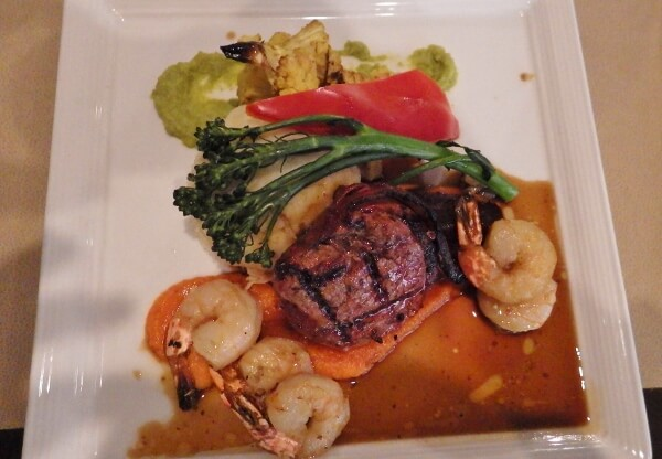 Vic's Steakhouse Beef & Prawn Dinner