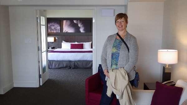 Victoria Delta Ocean Pointe One Bedroom Guestroom