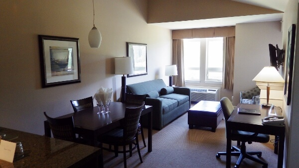 Stay At The Executive Suites Squamish BC