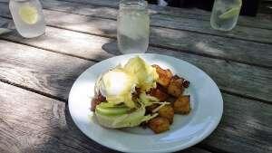 Fergie's Café Dubliner Eggs Benny