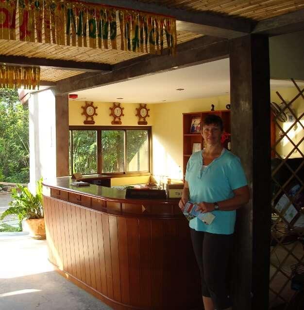 Samui Honey Cottages Front Desk