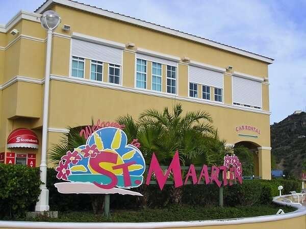 St Maarten Tourism Office