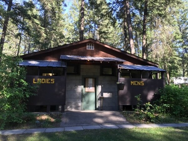 Pinegrove Campground Washrooms