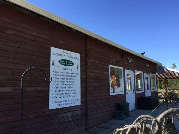 Valemount Pines Golf Clubhouse