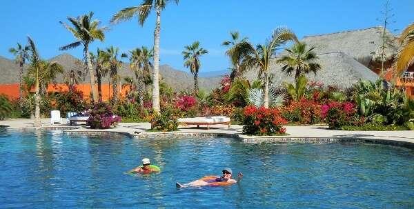Pool at Los Cerritos RV Park Mexico