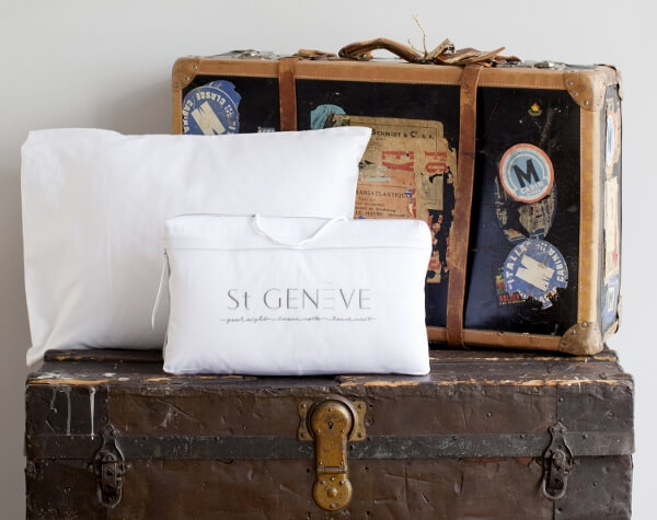st-geneve-luxury-travel-pillows