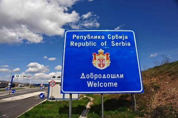 serbia-welcome-sign