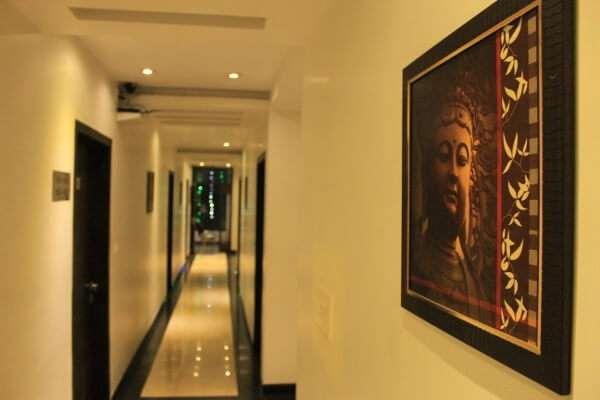 Hotel Park Plaza Varanasi Hallway
