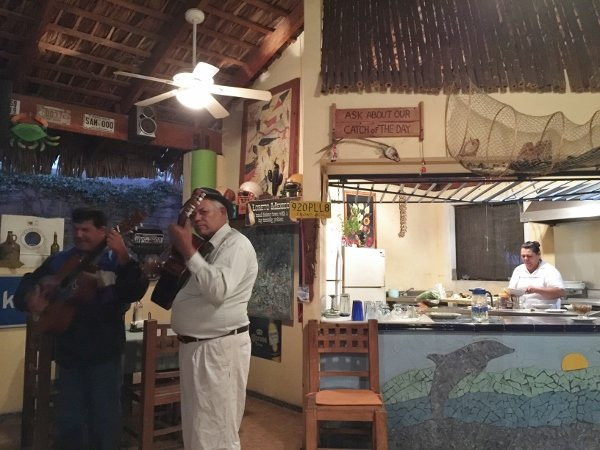 Loreto Mexico Dining Musicians
