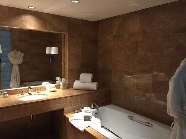 Inn at Laurel Point Studio Bath