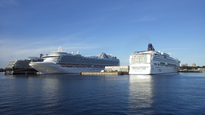Cruise Ships in Victoria BC