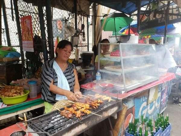BBQ Chicken Feet Vendor Cebu