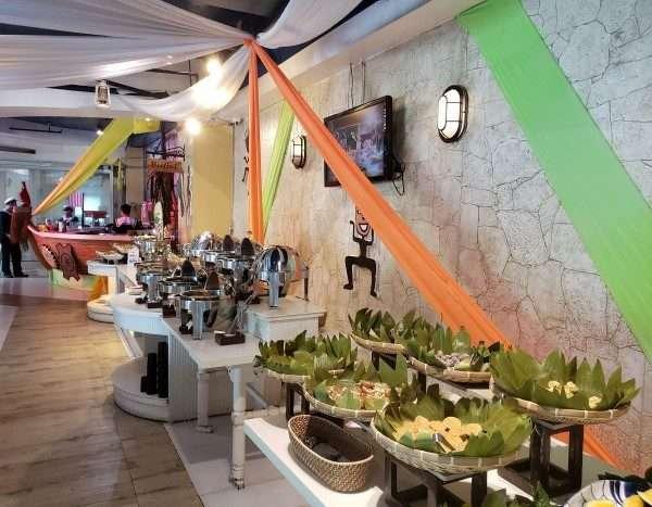 Cebu Twin City Tour Lunch Buffet