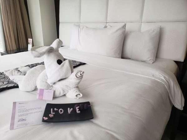 Quest Hotel Cebu Bed Decorations