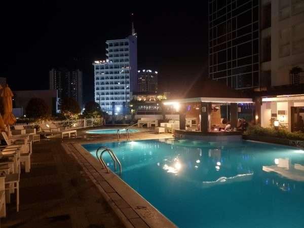 Quest Hotel Cebu Outdoor Pool