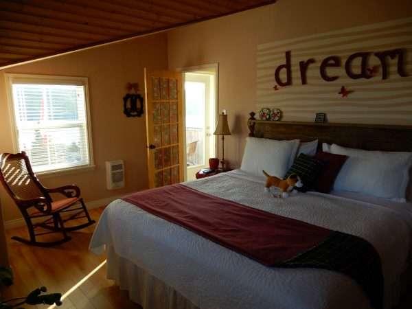 Inn On Capelin Bay 2nd Floor Guest Bedroom