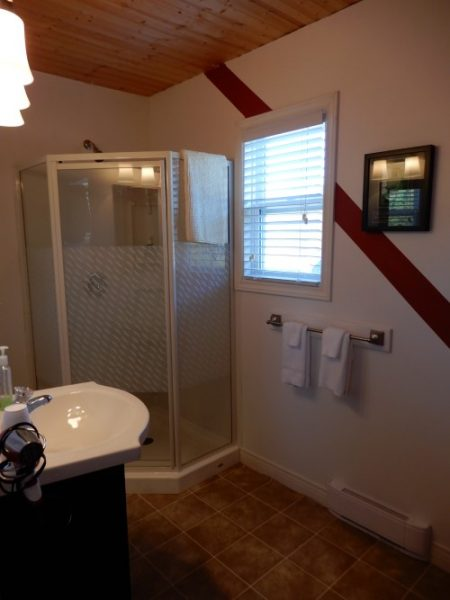 Inn On Capelin Bay Guest Bedroom Private Bath