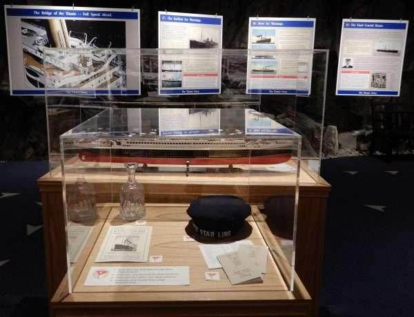 Johnson GEO CENTRE Titanic Displays
