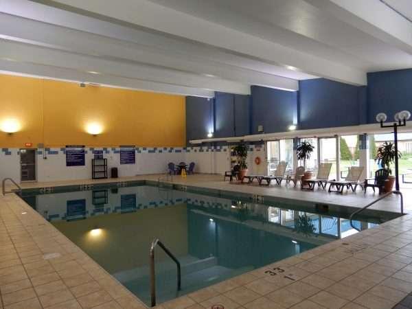 Days Inn & Suites Moncton Indoor Pool