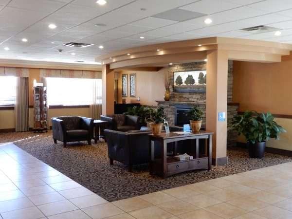 Holiday Inn Truro Lobby