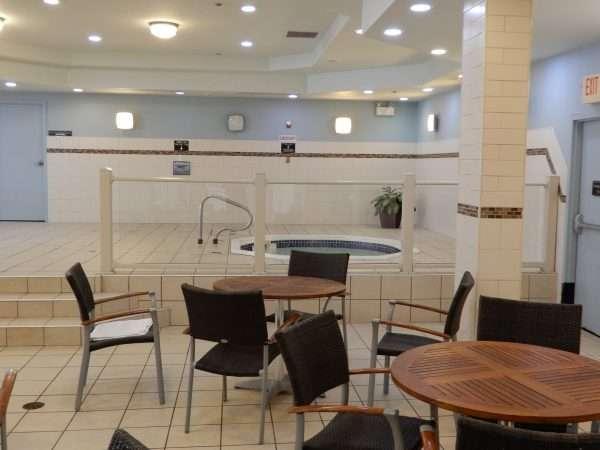 Holiday Inn Truro Whirlpool