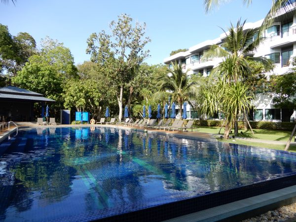 Holiday Inn Express Beach Pool Krabi Ao Nang