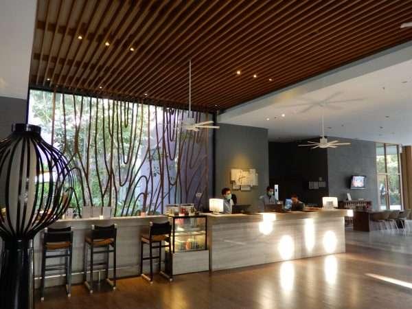 Holiday Inn Express Phuket Patong Beach Central Reception